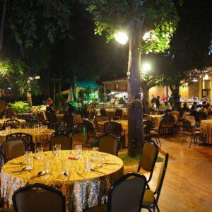 Nhà hàng không gian sân vườn ở hà nội ảnh 3